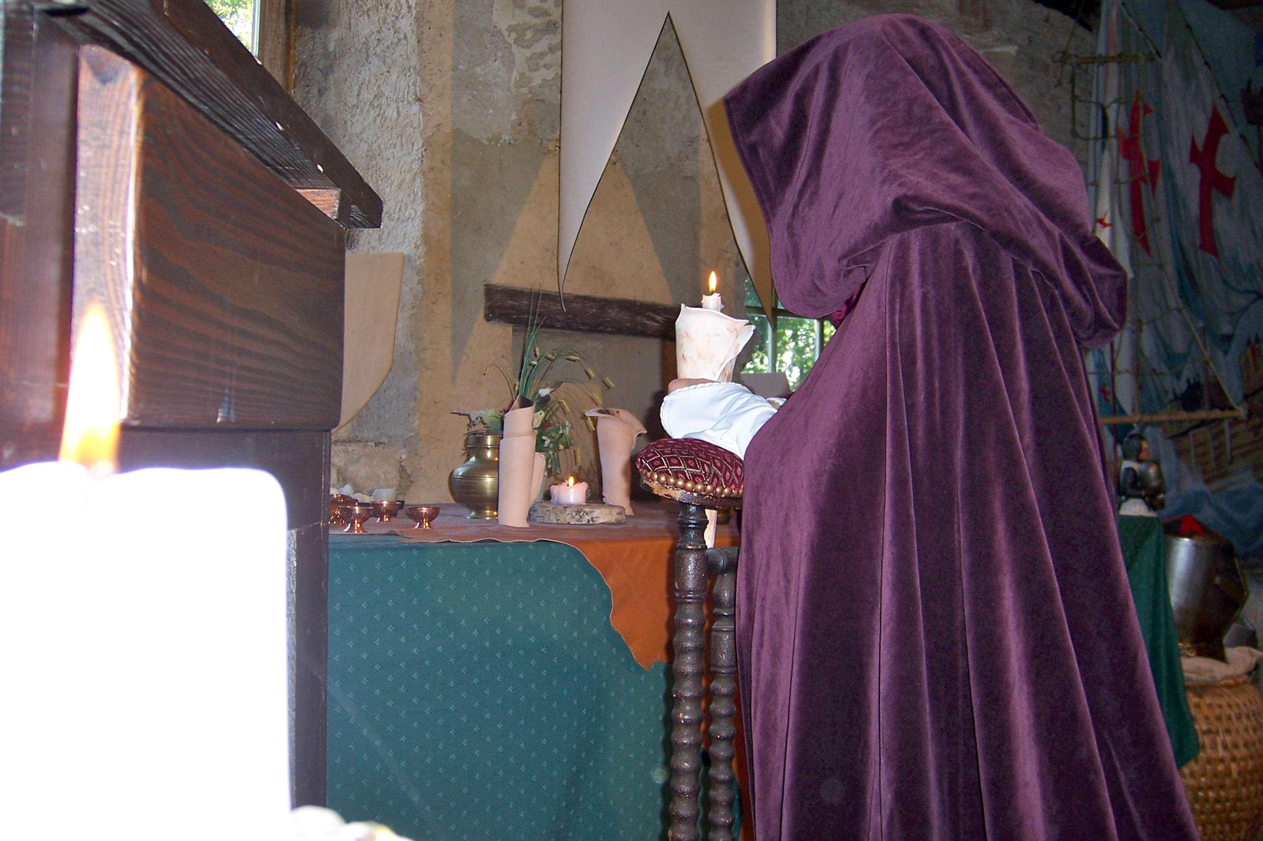 Irmengarde en prière.